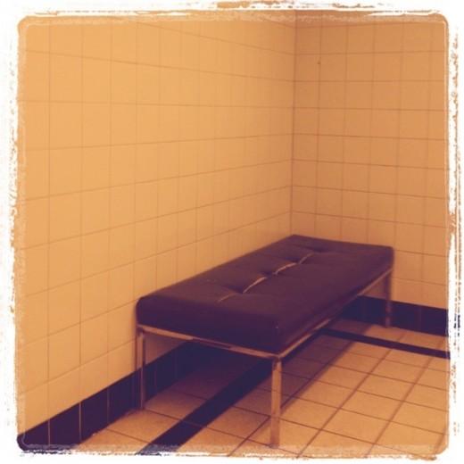 LAX bench