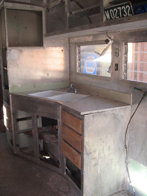 kitchen cabinet before removal - Streamline trailer